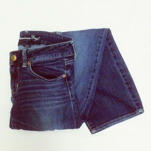 American Eagle Size 6 Short Stretch Straight Jeans